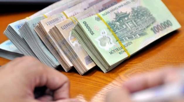 Hơn 190.000 tỷ đồng tiền gửi được rút khỏi nhà băng trong 2 tháng đầu năm - Ảnh 1