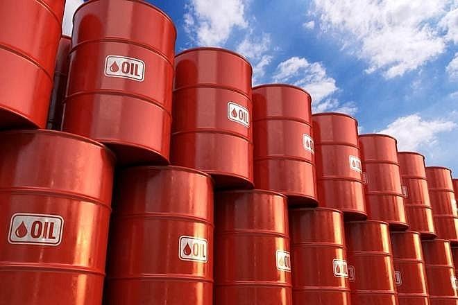 Giá dầu giảm mạnh vào phiên sáng 20/4, xuống mức thấp nhất kể từ năm 1999 - Ảnh 1
