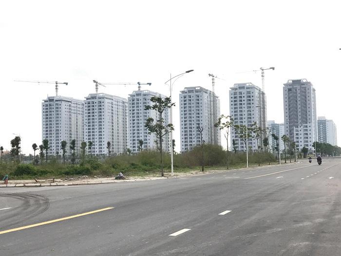 """Bộ Xây dựng yêu cầu """"siết"""" cấp phép dự án bất động sản mới - Ảnh 1"""