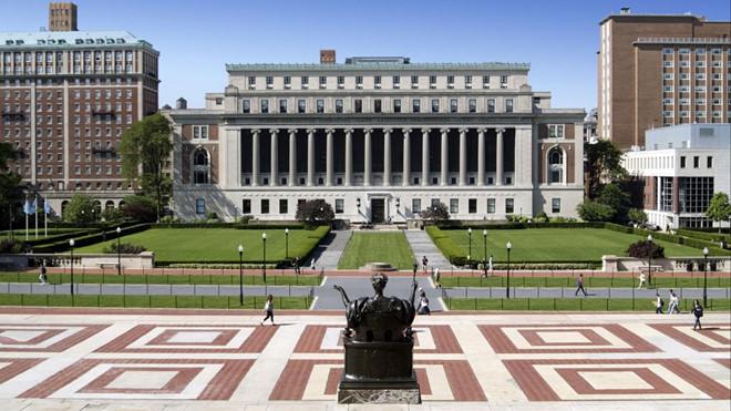 Không hoàn trả học phí trong đợt dịch Covid-19, ba trường đại học bị kiện ra tòa - Ảnh 1