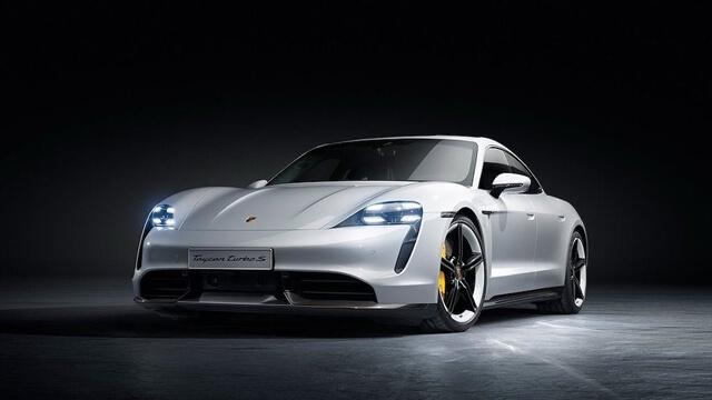 """Bảng giá xe Porsche mới nhất tháng 4/2020: """"Siêu phẩm"""" 911 Turbo S Cabriolet giá gần 15 tỷ đồng - Ảnh 2"""