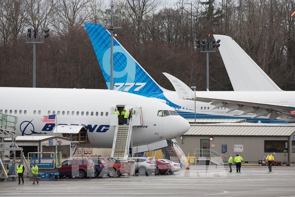Thua lỗ nặng, Boeing lặng lẽ rút khỏi thương vụ với Embraer, thông báo cắt giảm 16.000 việc làm  - Ảnh 1