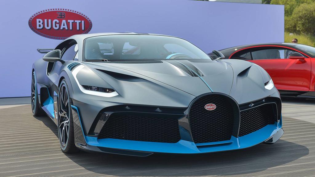 """Bảng giá xe Bugatti mới nhất tháng 4/2020: """"Báu vật"""" Bugatti Divo vẫn """"ngất ngưởng"""" 5,8 triệu USD - Ảnh 1"""