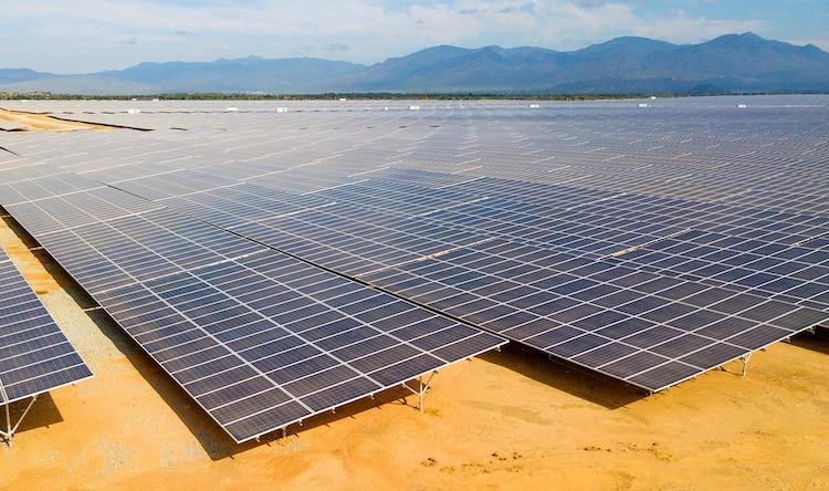 Chính phủ chốt giá điện mặt trời, áp dụng 20 năm kể từ ngày vận hành phát điện - Ảnh 1