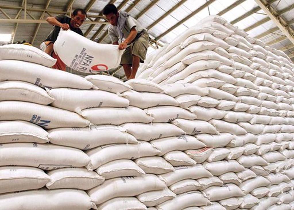 Vì sao 3 doanh nghiệp 'xù' bán gạo dự trữ quốc gia nhưng vẫn được tái đấu thầu? - Ảnh 1
