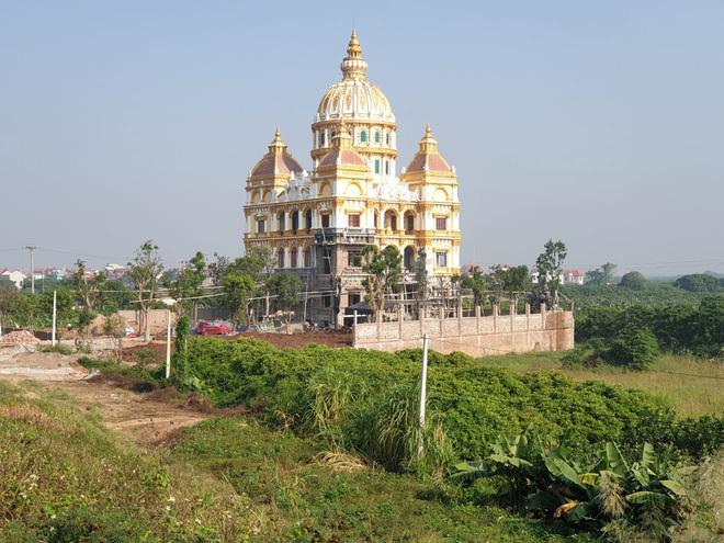 """Lâu đài """"tiền tấn"""" của cô dâu Nam Định được tặng 200 cây vàng - Ảnh 12"""