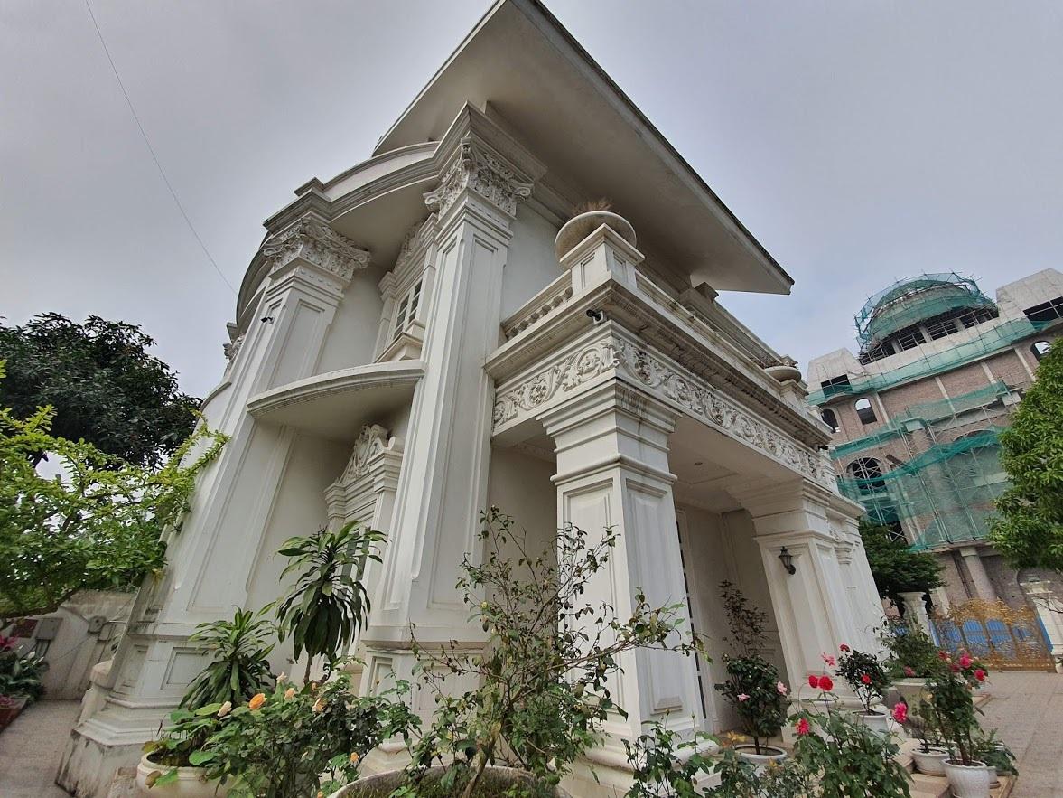 """Lâu đài """"tiền tấn"""" của cô dâu Nam Định được tặng 200 cây vàng - Ảnh 4"""