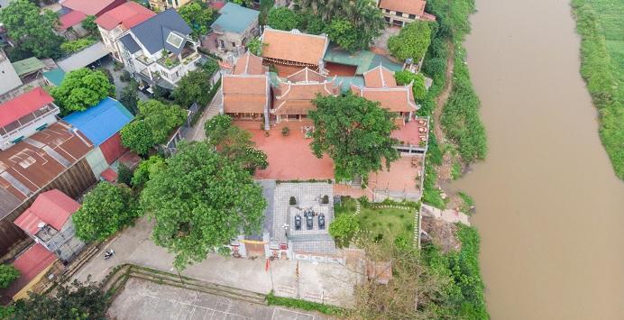 Hà Nội: Bờ sông tại khu di tích đền Ba Voi sạt lở nghiêm trọng - Ảnh 2