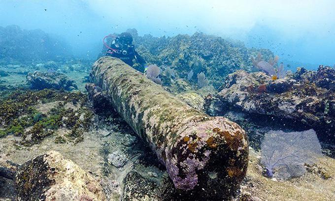 """Phát hiện xác thuyền đắm 200 năm tuổi có gắn đại bác, nghi đã đâm vào """"rạn san hô ác mộng"""" - Ảnh 1"""