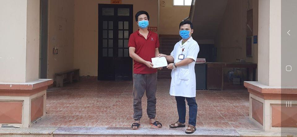 Thêm 1 bệnh nhân mắc Covid-19 tại tỉnh Ninh Bình được công bố khỏi bệnh - Ảnh 1