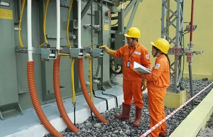 TP.HCM đề xuất giảm thêm 10% giá điện - Ảnh 1
