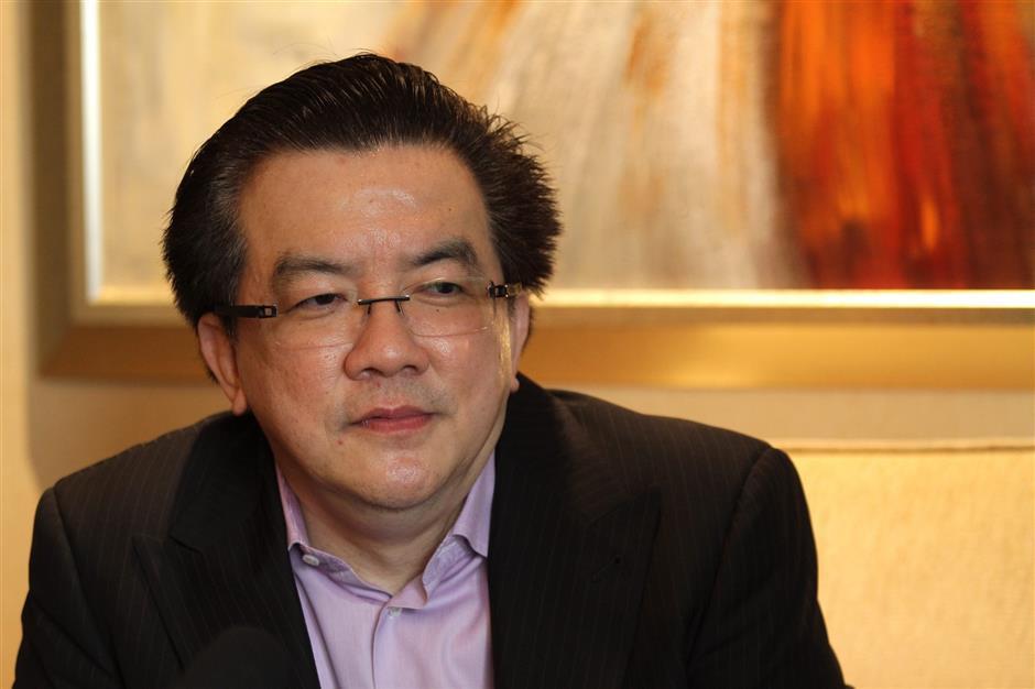 Ông chủ công ty sản xuất găng tay trở thành tỷ phú mới nhất tại Malaysia - Ảnh 1