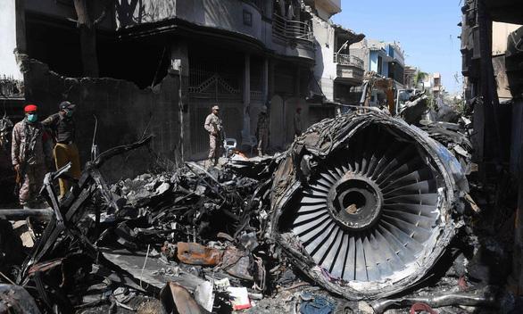 """Nghi án 262 phi công dùng bằng giả: Hàng không Pakistan đưa thông tin """"trấn an"""" - Ảnh 1"""