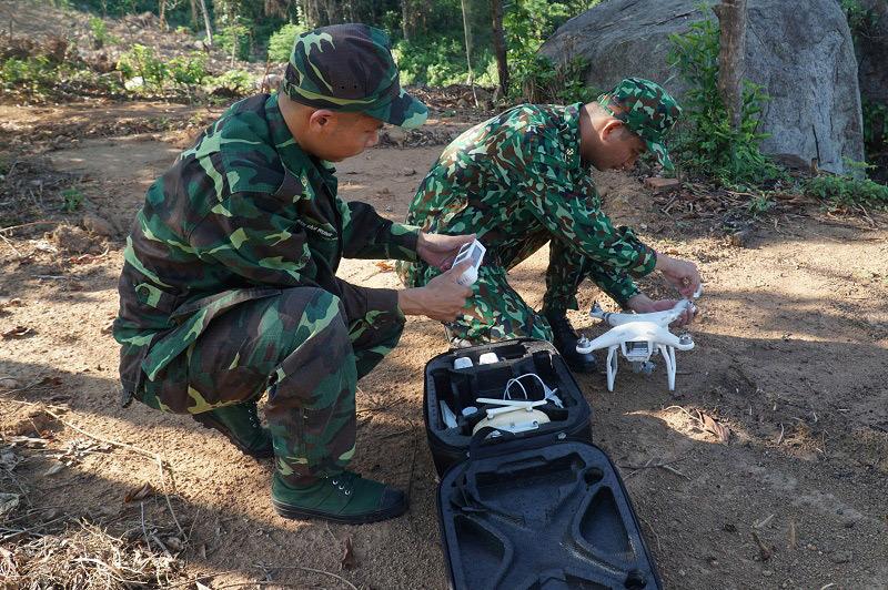 Biên phòng Đà Nẵng sử dụng flycam truy lùng phạm nhân vượt ngục lẩn trốn trên đèo Hải Vân - Ảnh 1