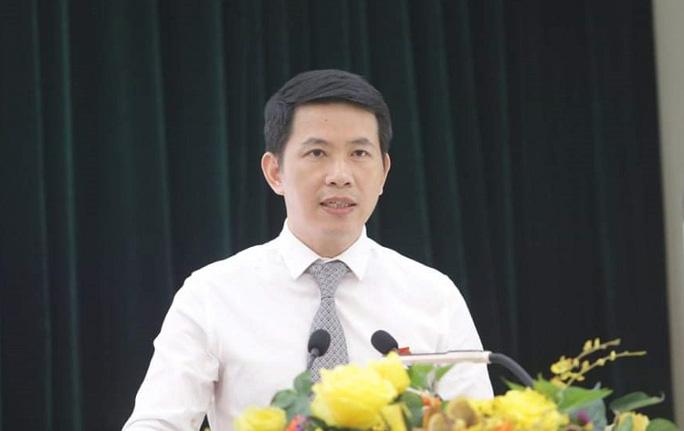 Ông Phạm Tuấn Long được bầu giữ chức Chủ tịch UBND quận Hoàn Kiếm - Ảnh 1