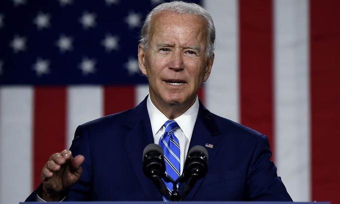 Ứng cử viên Joe Biden ngày càng được nhiều cử tri Mỹ ủng hộ, dẫn trước ông Trump tới 15 điểm cách biệt - Ảnh 1