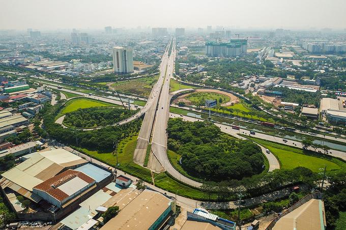 Đề xuất kéo dài đường Võ Văn Kiệt từ TP.HCM về tới Long An - Ảnh 1