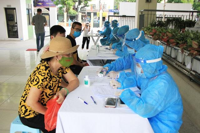 Tiến tới xét nghiệm COVID-19 cho tất cả người dân Đà Nẵng - Ảnh 1