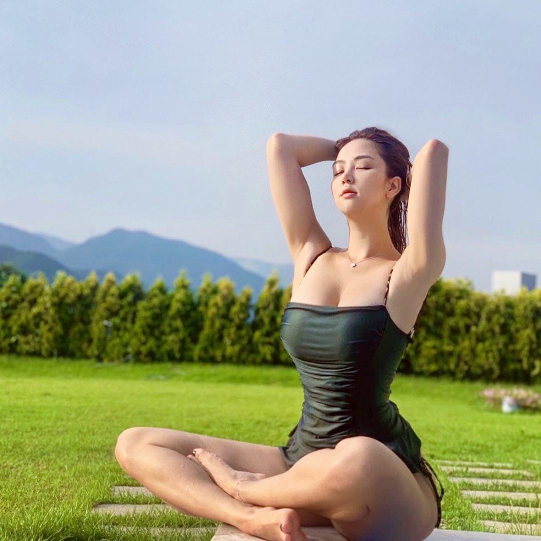 Bí quyết sở hữu đường cong hoàn mỹ như tạc tượng của người đẹp instagram nổi tiếng xứ kim chi - Ảnh 2