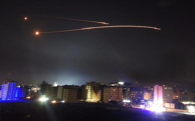 Nga cảnh báo sắc lạnh Israel sau cuộc không kích dữ dội vào các mục tiêu quân sự của Syria - Ảnh 1