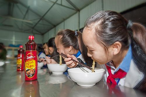 Tết ấm đậm đà tình Việt - Ảnh 1
