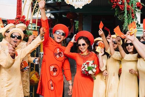 """Xuất hiện trong đám cưới, cặp đôi xứ Huế và dàn bê lễ khiến khách mời choáng váng vì """"ngầu"""" và """"lầy lội"""" - Ảnh 6"""