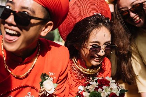 """Xuất hiện trong đám cưới, cặp đôi xứ Huế và dàn bê lễ khiến khách mời choáng váng vì """"ngầu"""" và """"lầy lội"""" - Ảnh 3"""