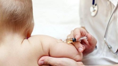 19 mũi tiêm bảo vệ cả đời con mà các bậc cha mẹ nhất định phải biết - Ảnh 1