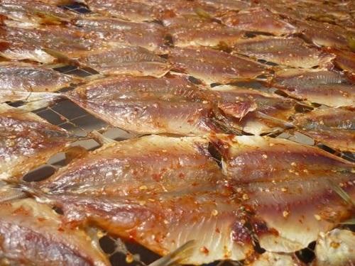 Thêm một món ngon mà người Việt vô tư ăn hằng ngày gây mù lòa, thậm chí tử vong - Ảnh 1