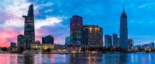 """Hà Nội """"vượt mặt"""" Dubai để xếp thứ 59 thành phố đắt đỏ trên thế giới - Ảnh 13"""