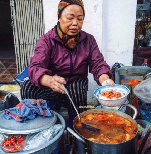 Ghé qua những món ăn lâu đời nhất định phải thử ở Hà Nội - Ảnh 4