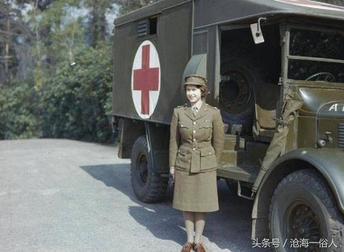 Tham gia giao thông suốt 70 năm, đây là người phụ nữ duy nhất ở Anh không có giấy phép lái xe - Ảnh 3