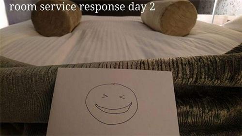Cô phục vụ phòng òa khóc vì món quà bất ngờ của vị khách lưu trú  kỳ lạ - Ảnh 6