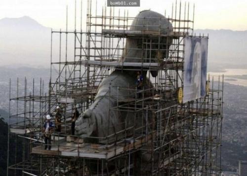 """Nhìn lại """"quá khứ vàng son"""" của các công trình kiến trúc nổi tiếng thế giới - Ảnh 9"""