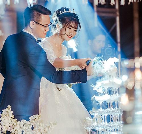 Chuyện tình 8 năm và đám cưới 10 tỷ của cô gái Hà Nội - Ảnh 2