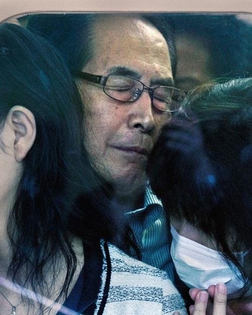 Ám ảnh với loạt hình ảnh 'khốc liệt' về giờ cao điểm Nhật Bản - Ảnh 5