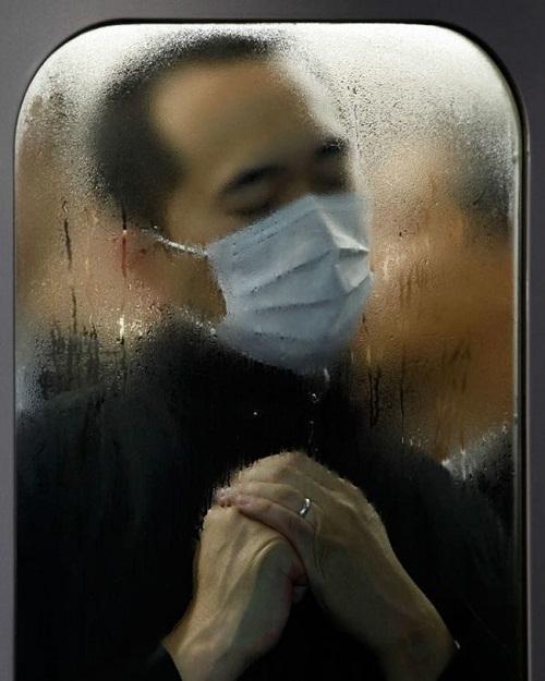 Ám ảnh với loạt hình ảnh 'khốc liệt' về giờ cao điểm Nhật Bản - Ảnh 2