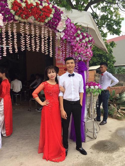 Chuyện tình như phim của cặp đôi Việt làm bạn 20 năm rồi cưới - Ảnh 5