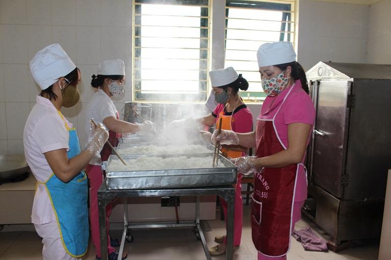 Người gây ngộ độc thực phẩm ảnh hưởng sức khỏe nghiêm trọng 5-20 người có thể bị tù 5 năm - Ảnh 3