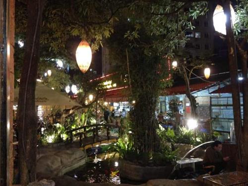 Những nhà hàng có không gian xanh ở Hà Nội - Ảnh 8