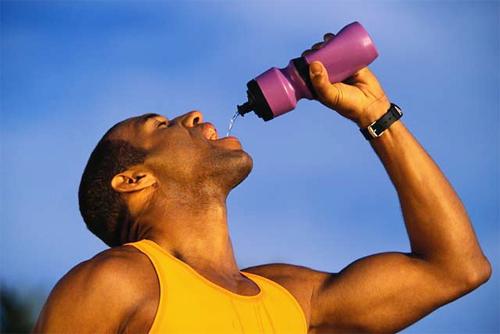 Điều khủng khiếp gì sẽ diễn ra sau khi bạn uống nước tăng lực - Ảnh 2