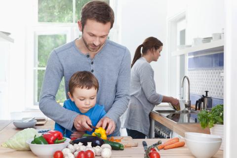 Cha mẹ làm những điều này sẽ giúp con có tính cách tuyệt vời - Ảnh 4