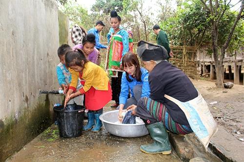 Tập huấn chương trình mở rộng quy mô vệ sinh và nước sạch nông thôn đến xã  có 170 hộ nghèo  - Ảnh 1