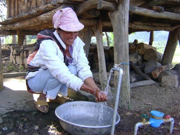 Đến 2020: Các tỉnh Tây Nguyên phấn đấu 85% dân số vùng nông thôn được sử dụng nước hợp vệ sinh - Ảnh 1
