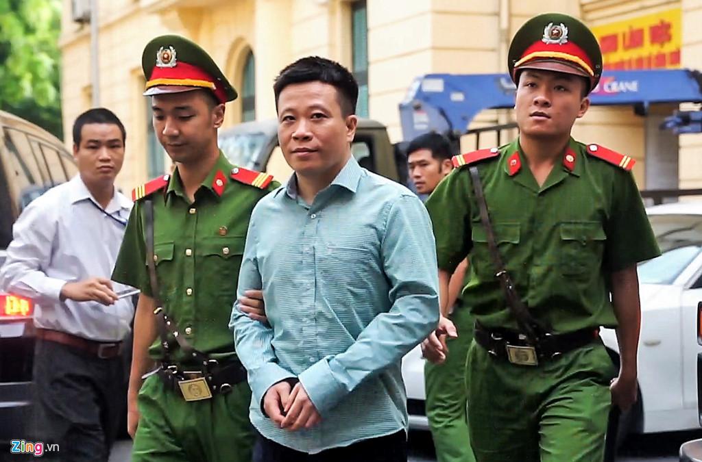 Nỗi trăn trở của Thẩm phán Trương Việt Toàn trong đại án OceanBank - Ảnh 2