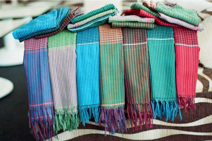 Bí quyết chọn khăn quàng tặng cô giáo ngày 20/11 - Ảnh 3