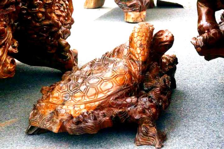 Cận cảnh những bộ bàn ghế tiền tỷ chưa chắc mua được của đại gia Việt  - Ảnh 9
