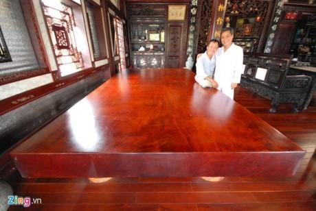 Cận cảnh những bộ bàn ghế tiền tỷ chưa chắc mua được của đại gia Việt  - Ảnh 10
