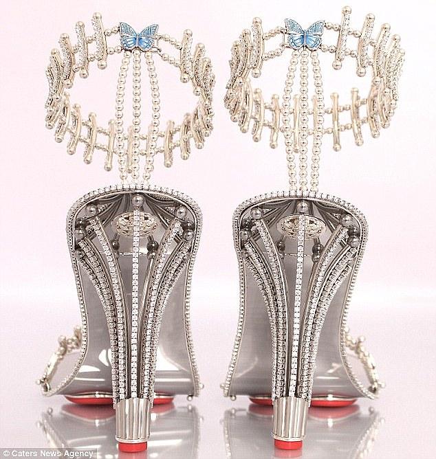 Đôi giày có giá 7,7 tỷ đồng khiến chị em mê mẩn - Ảnh 2
