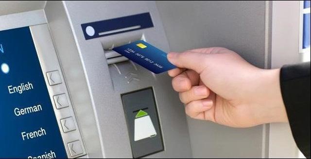 Bộ Công an cảnh báo trộm cắp thông tin tài khoản ngân hàng - Ảnh 1